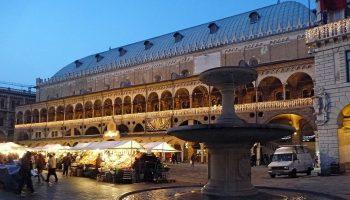 piazza_erbe-padova